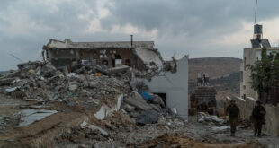 """תמונות: צה""""ל הרס בתי מחבלים בדיר אבו משעל סמוך לרמאללה"""