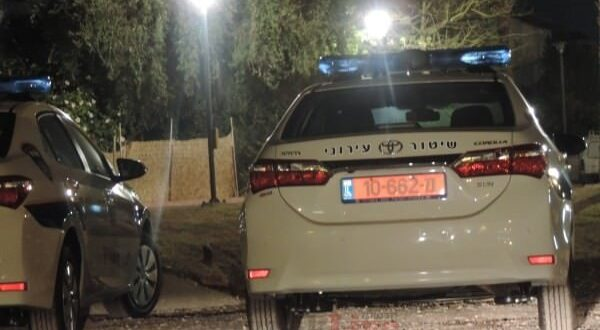 חשד לרצח: בן 60 נורה למוות בטירה, המשטרה פתחה בחקירה