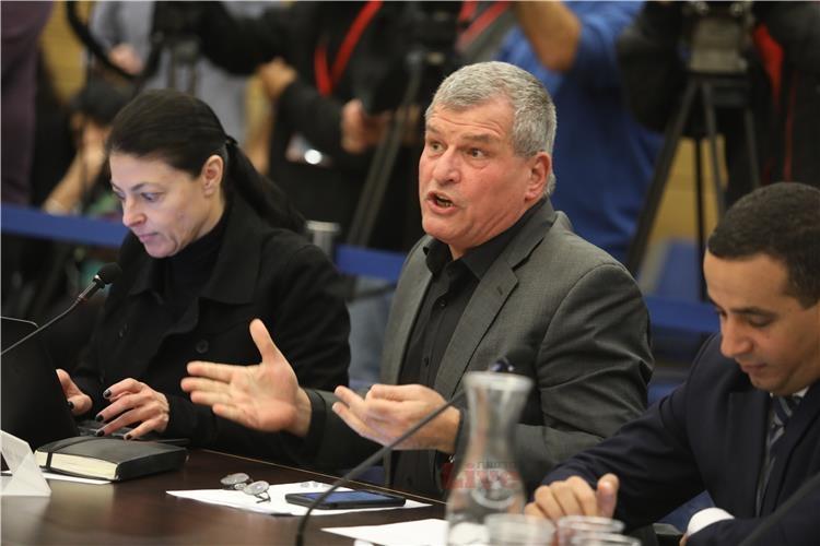 בצלמו לשר התקשורת: מנע מינויו של איש השמאל הקיצוני מיקי רוזנטל לחבר במועצת הרשות השנייה