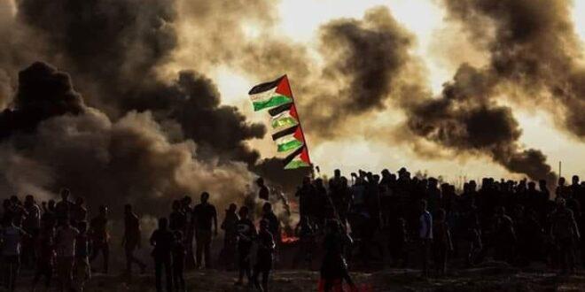 """פלסטינים מתפרעים בגבול רצועת עזה, 3 פצועים קשה מירי צה""""ל"""