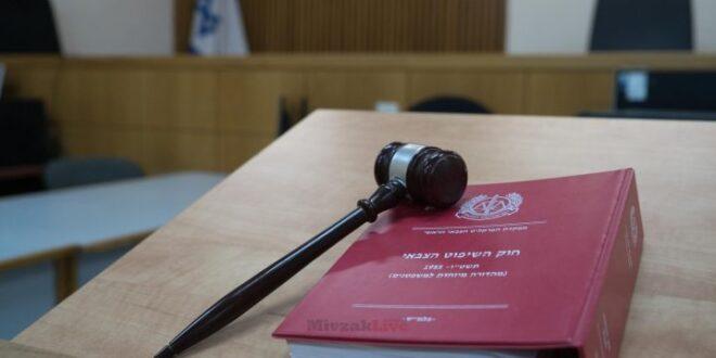 בית המשפט הצבאי: אח המחבל מברקן ואימו יישארו במעצר