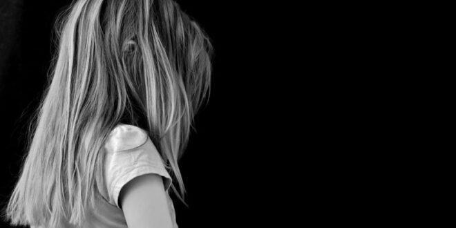 בן 21 מחולון נעצר בחשד שניהל קשר בעל אופי מיני עם בת 13