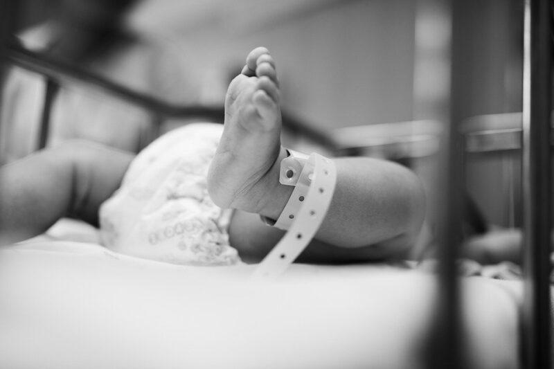 פעוט בן שבעה חודשים נכווה ממים רותחים בבני ברק, מצבו בינוני
