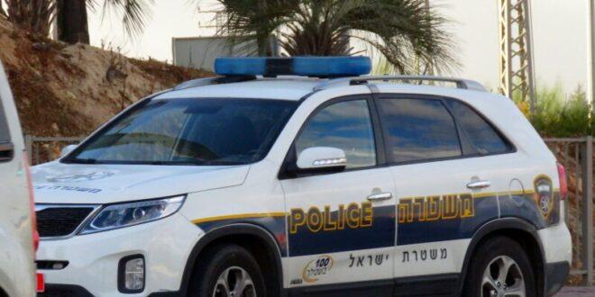 קצין משטרה שכח את בנו הפעוט ישן בניידת המשטרה