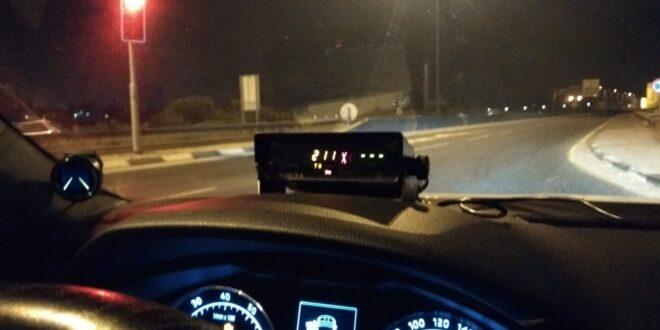 """ללא מעצורים: בן 23 נתפס נוהג בכביש 6 במהירות 211 קמ""""ש"""