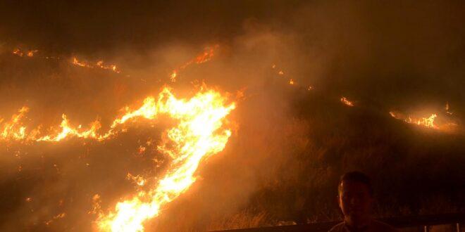שריפה גדולה משתוללת במנחמיה, כביש 90 בין מנחמיה לגשר נחסם