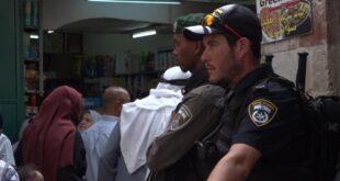 תפילות יום השישי של הרמדאן: מאות שוטרים ול...