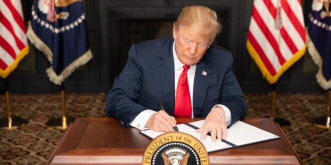 """נשיא ארה""""ב דונלד טראמפ הטיל """"סנקציות חריפות"""" על איראן"""