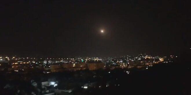 דיווח בסוריה: יירטנו טילים עוינים שנורו לעבר מטרות באזור חמה