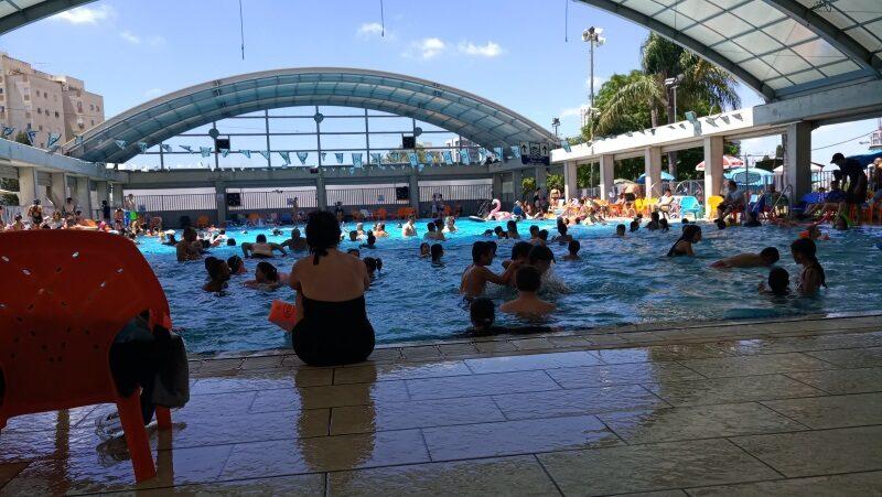 אושר: כניסה לבריכות השחייה הפתוחות תתאפשר ללא תו ירוק