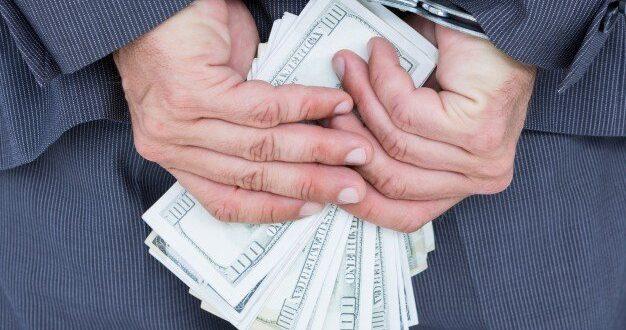 """עו""""ד פלסטיני מואשם בגניבת עשרות אלפי ש""""ח מלקוחות בנק לאומי"""