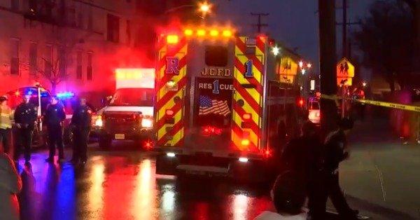הירי בניו ג'רזי: קצין משטרה, 3 אזרחים ושני החשודים נהרגו