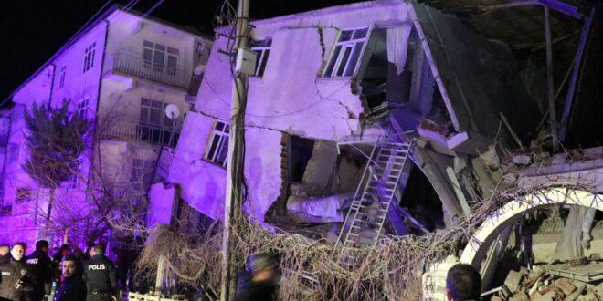 רעידת האדמה בטורקיה: לפחות 14 הרוגים ו-315 פצועים