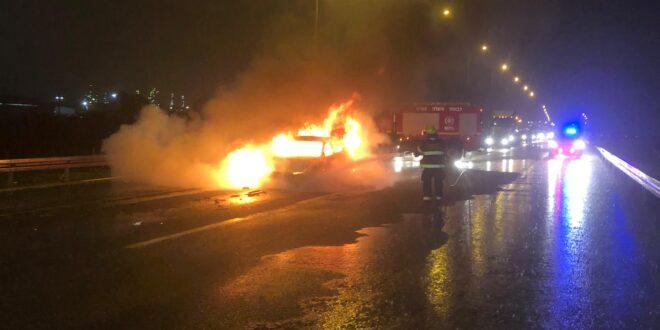 צוותי כיבוי פעלו בשריפת רכב פרטי בכביש 772 באזור הקריות