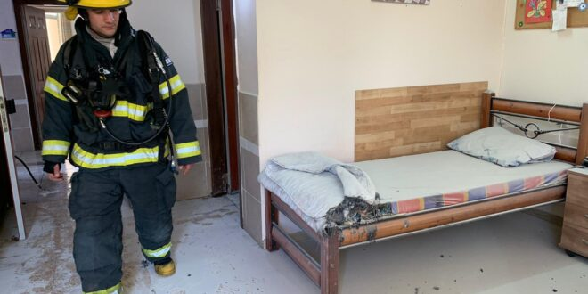 בן 70 נפצע קשה בשריפה בבית אבות בנהריה