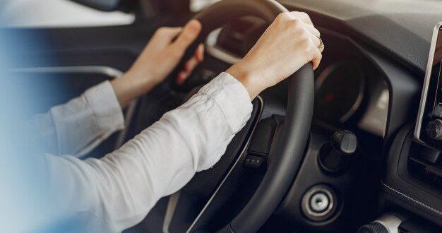 """רשות המסים: הקלה בחיוב שווי השימוש ברכב ליוצאים לחל""""ת"""