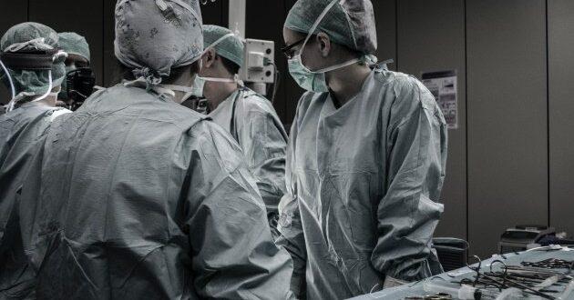 קורונה בישראל: 811 מאושפזים בבתי החולים, מניין המתים עלה ל-612