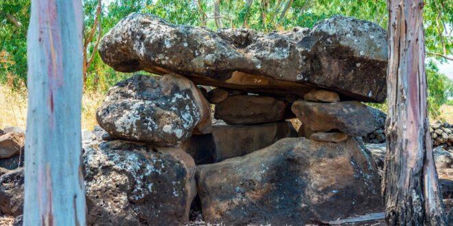 אמנות סלע של בני תרבות מסתורית התגלתה במבני ענק בגולן ובגליל