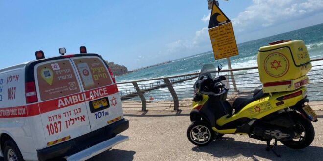 בן 60 טבע בחוף סמוך לחוף צ'ארלס קלור בתל אביב, מצבו קריטי