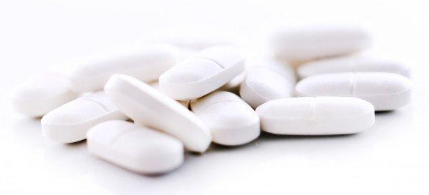 חשד: אלפי כדורים, טיפות וסירופים לא חוקיים יועדו לטיפול בקורונה