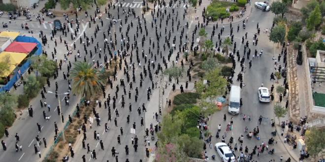 אלפים מוחים בערד על ההסתה נגד הציבור החרדי