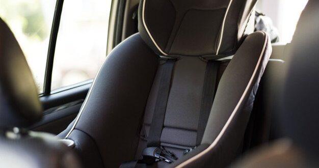 """מנכ""""לית הרלב""""ד: בקרוב יוחלט לאסור ישיבת ילדים עד גיל 13 במושב הקדמי ברכב"""
