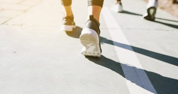 על רקע הסגר החולף: היתרונות של הליכה ספורטיבית