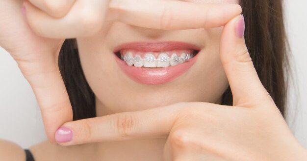 איך להימנע מטיפול שורש והשתלות שיניים ?