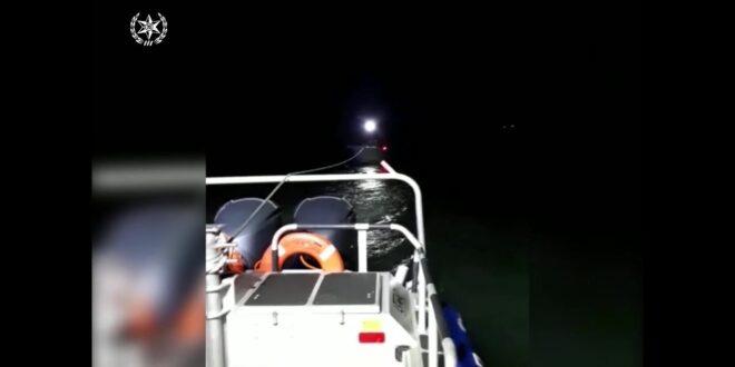 תיעוד: צוות השיטור הימי חילץ 4 דייגים שנסחפו מול חופי הרצליה