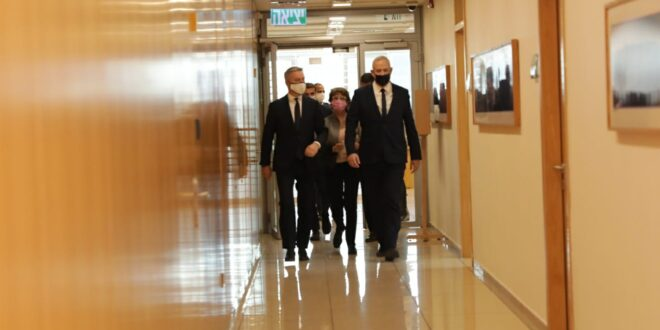 שר הביטחון בני גנץ נפגש עם מקבילו האיטלקי לורנצו גואריני