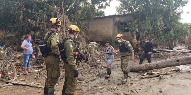 משלחת פיקוד העורף ומשרד החוץ מסייעת לנפגעי ההוריקנים בהונדורס