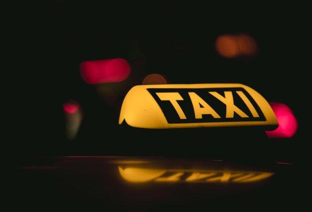 צעיר מואשם שתקף נהג מונית בשל ויכוח על גובה דמי הנסיעה
