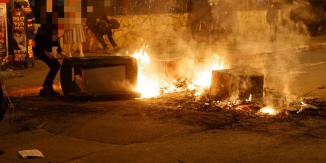 ההתפרעויות בבני ברק: אוטובוס הועלה באש, הנהג הותקף
