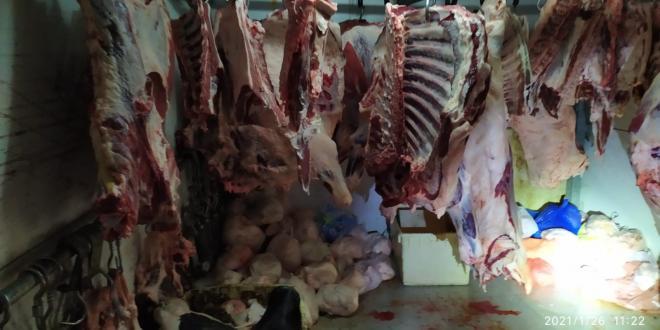 800 קילוגרם בשר שאינו ראוי למאכל אדם אותרו בשני אטליזים בטמרה
