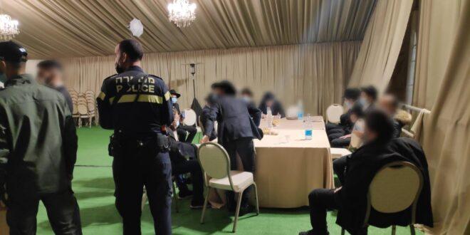 """חתונה ובה עשרות אורחים פוזרה בכפר חב""""ד, חולה מאומת אותר במקום"""