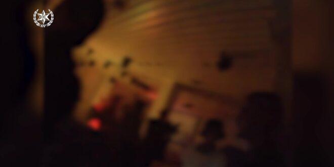 """מסיבה עם מאות מבלים אותרה במלון בת""""א, שוטר הותקף בבקבוק זכוכית"""