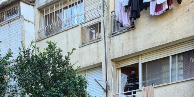 בת 69 נמצאה ללא רוח חיים בנוף הגליל, שני בניה נעצרו