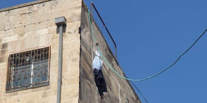 ירושלים: בובות בדמות שוטרים נתלו ברחוב בר אילן, מאות צועדים על צירים ראשיים