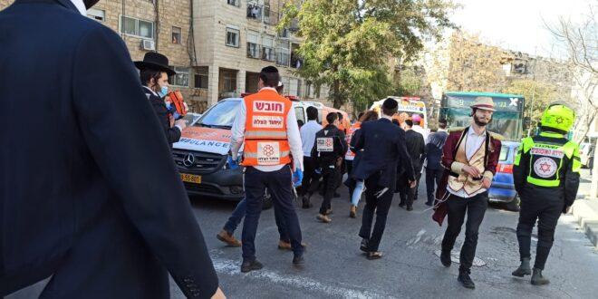 צעיר בן 21 נפל במדרגות מבנה מגורים בירושלים, מצבו בינוני – קשה