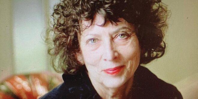 הסופרת נורית זרחי היא כלת פרס ישראל בתחום ספרות ושירה
