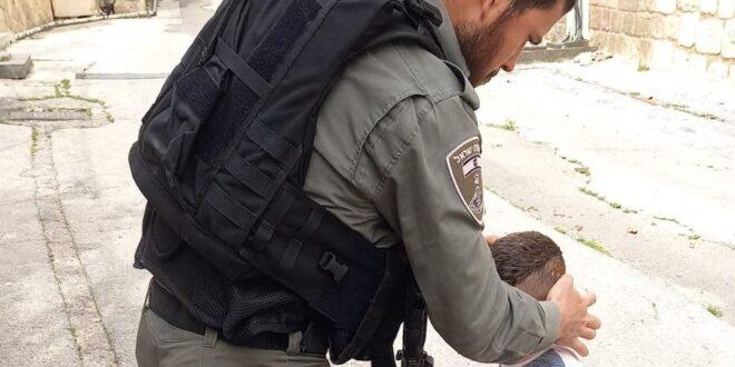 """ילד בן ארבע נפצע בראשו במערת המכפלה – וטופל ע""""י חובשי מג""""ב"""
