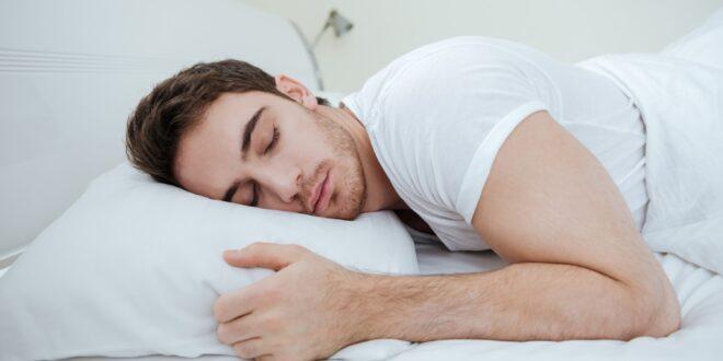 בימים אלו בהם מתעורר קושי לישון: כל הדרכים לשיפור איכות השינה