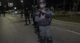 כוחות גדולים של משטרת ישראל ולוחמי משמר הגבול נערכו אמש במוקדים רבים ב...