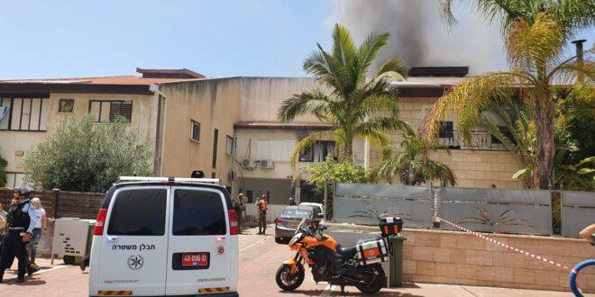 ירי לאשדוד: בניין מגורים ספג פגיעה ישירה, שלושה בני אדם נפצעו קל