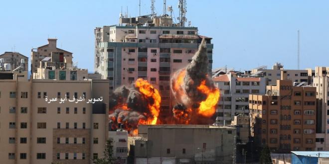 """צה""""ל תקף בניין רב קומות השייך למודיעין הצבאי של חמאס"""