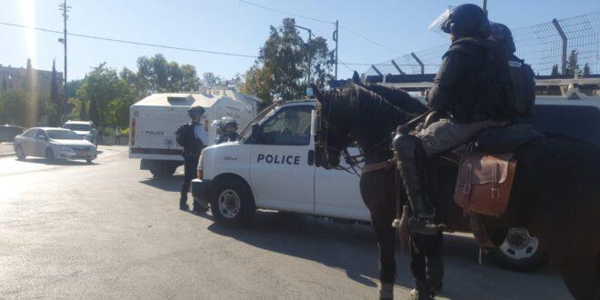 המשטרה מפזרת מאות מתפרעים תומכי טרור בשכונת שיח' ג'ראח במזרח ירושלים