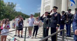 """הרמטכ""""ל השתתף היום בטקס רשמי בבית הקברות הלאומי האמריקאי באר..."""