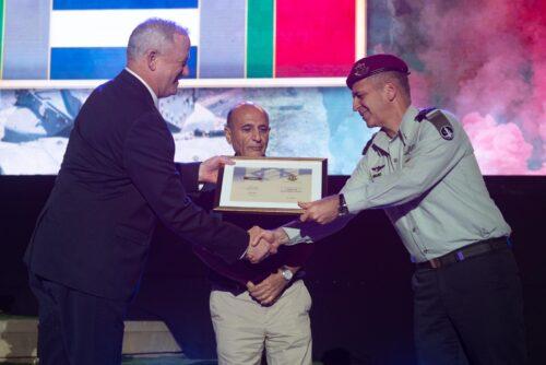 WhatsApp-Image-2021-06-07-at-22.08.36-500x334 השר גנץ: ישראל תמיד תהיה נכונה להילחם כדי להשיב את בניה הביתה