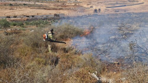 WhatsApp-Image-2021-06-09-at-15.48.07-1-500x281 שריפה פרצה סמוך לאריאל, צוותי כיבוי אש רבים במקום