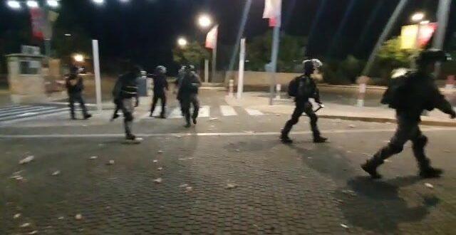 שני תושבי עכו מואשמים בירי לעבר שוטרים במהלך הפרעות במבצע שומר החומות